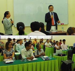 8月3日(水)カンボジアで開催した「入園予定者の保護者説明会」 の様子