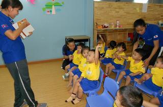 インターナショナルスクール「CIESF Leaders Academy」がカンボジアに8月8日(月)よりプレオープン。『カワチ式幼児教育法』のカリキュラムを行う園児の様子