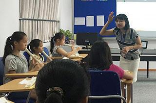 vietnam-compulsory-education-music-recorder-triad-biz1.jpg